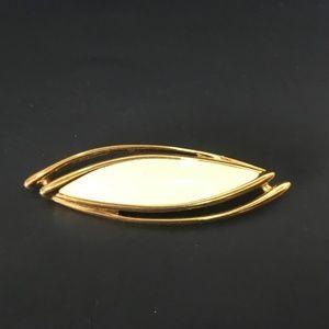 Monet Modernist Gold Tone 1970s Ivory Resin Brooch